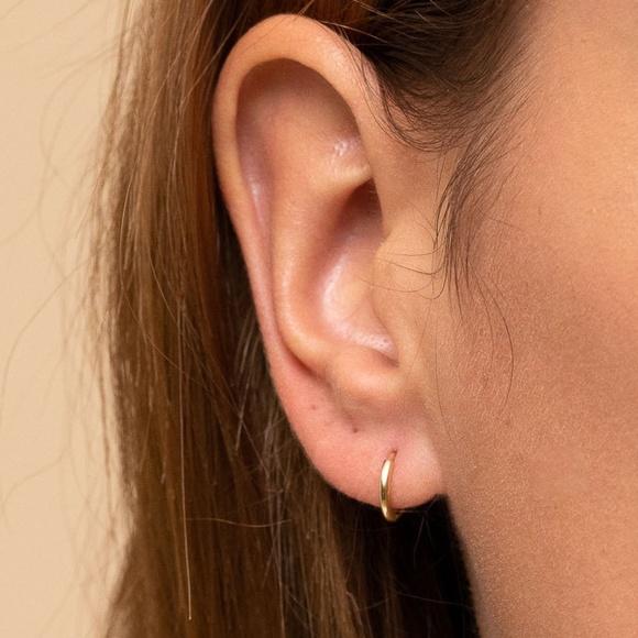 Mejuri Gold Single Mini Hoop Earrings